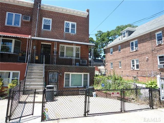 241 Throggs Neck Blvd, Bronx NY 10465