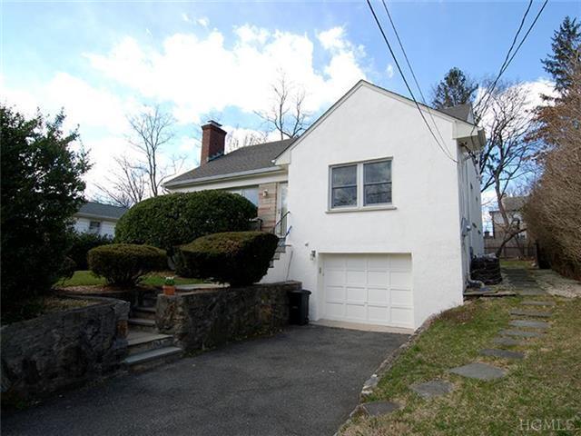 2218 Boston Post Rd, Larchmont NY 10538