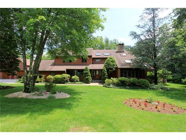 9 Mountain View Dr, Somers, NY 10589