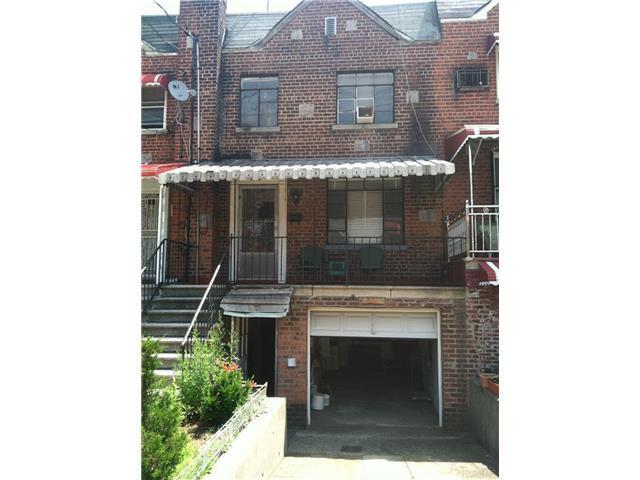 2928 Laconia Ave, Bronx NY 10469