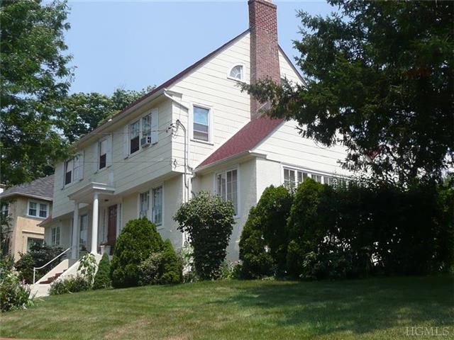 3 Darwood Pl, Mount Vernon, NY 10553