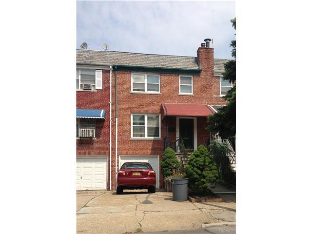 925 Magenta St, Bronx NY 10469