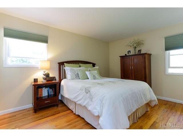 3545 Katrina Dr, Yorktown Heights NY 10598