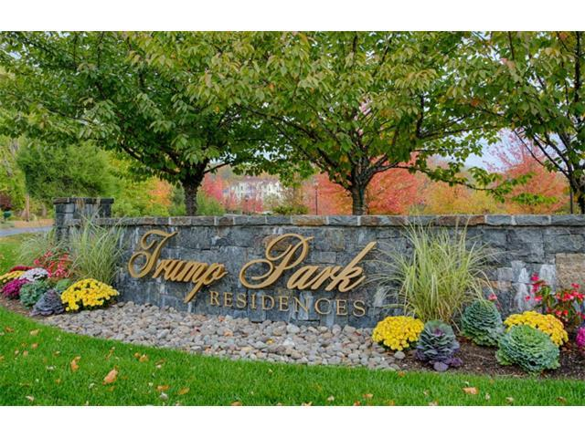 502 Trump Park #502, Shrub Oak, NY 10588