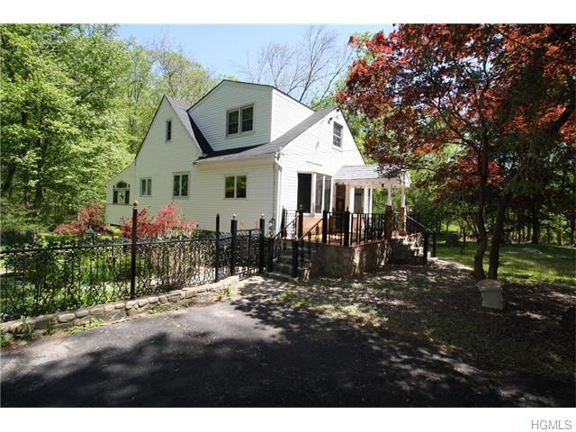 256 Church Rd, Putnam Valley, NY 10579
