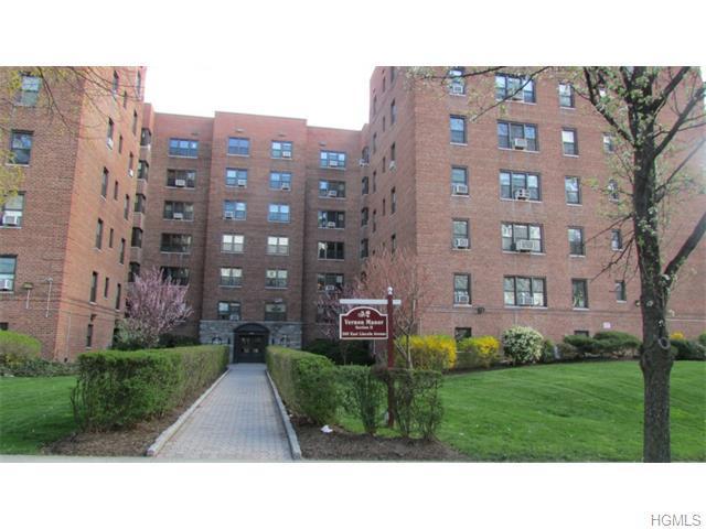 505 E Lincoln Ave #601, Mount Vernon, NY 10552