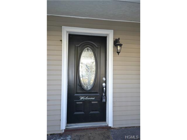 282 9th Street, Cortlandt, NY 10596