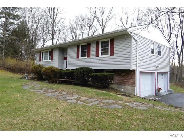 114 Gretna Woods, Pleasant Valley, NY 12569