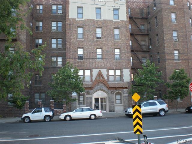 2925 Matthews Ave #2B, Bronx, NY 10467