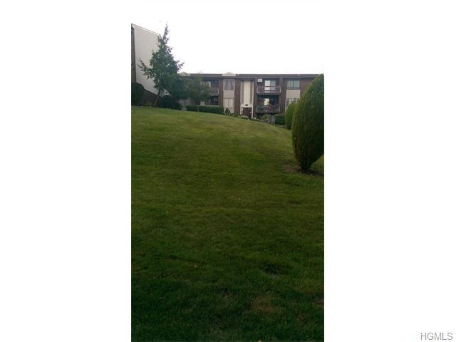 157 Country Club Ln, Pomona, NY 10970