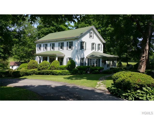 418 Coldenham Rd, Walden, NY 12586
