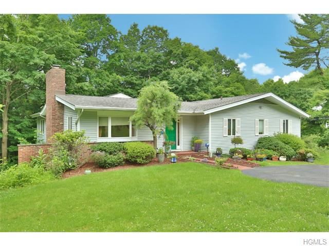54 Tamarack Way, Pleasantville, NY