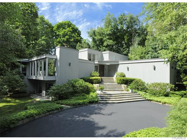 20 Steeple Chase, Greenwich CT 06831
