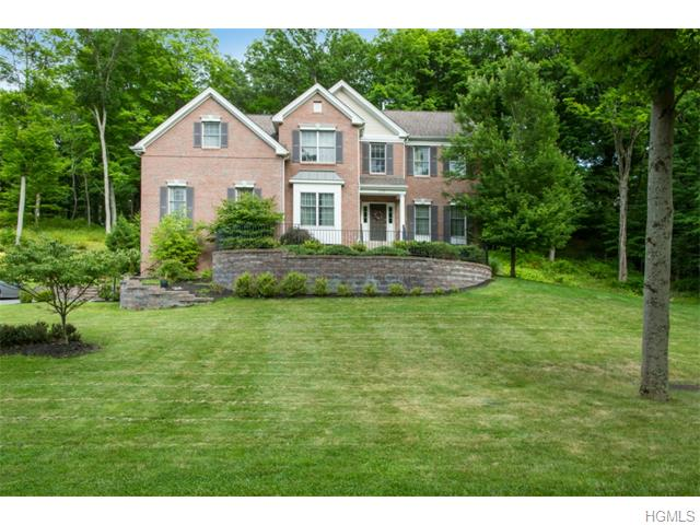 126 Creekside Rd, Hopewell Junction, NY