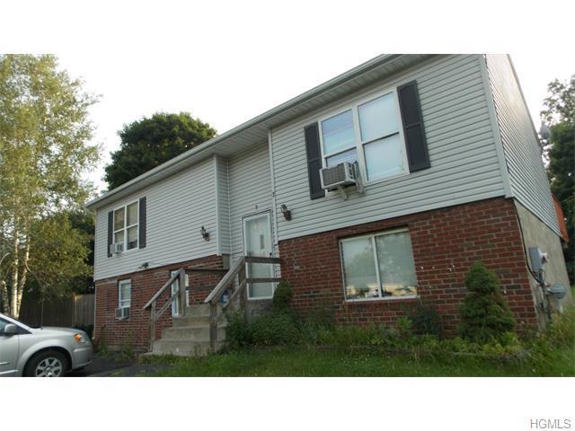 7 Flemming Dr, Newburgh, NY 12550
