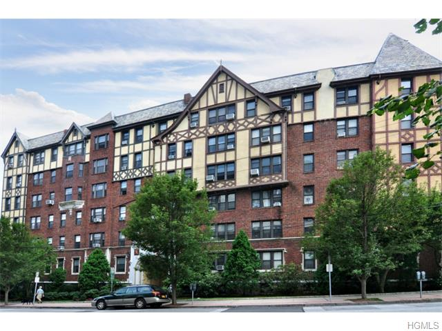 31 Pondfield West Rd #APT 38, Bronxville, NY