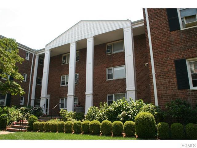 1833 Palmer Ave #2E, Larchmont, NY 10538