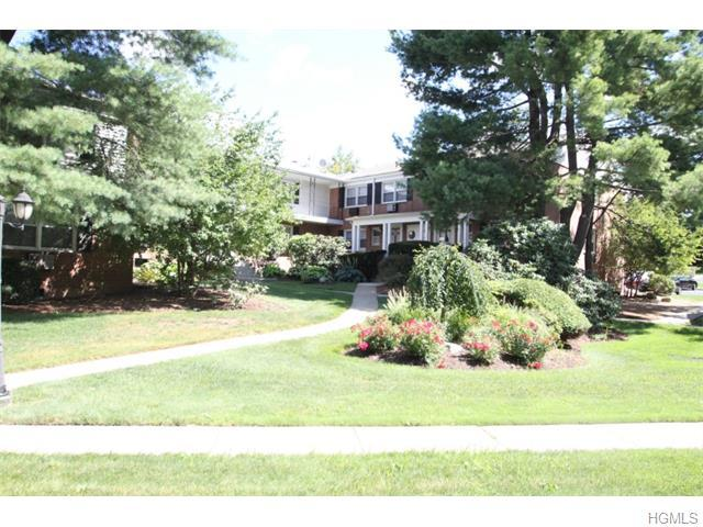 11 Milford Ln #A, Suffern, NY 10901
