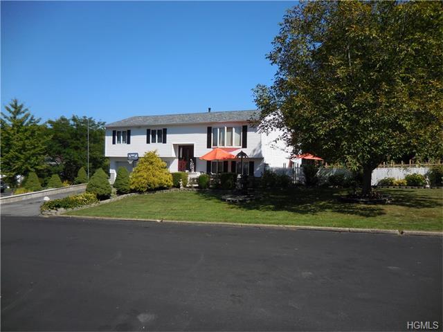 322 Burroughs, New Windsor, NY 12553