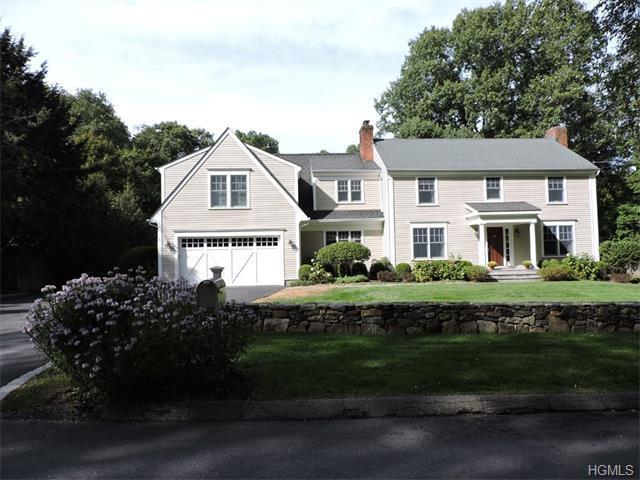 12 Cartway Ln E, Bedford, NY 10506