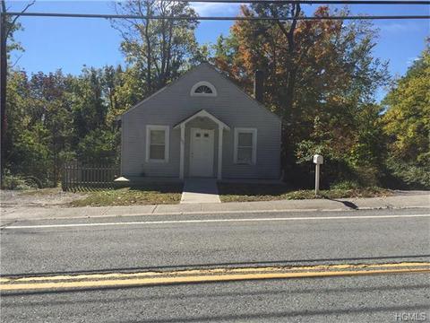 107 Main St, Bloomingburg, NY 12721