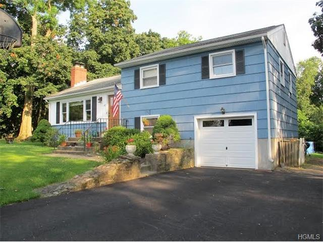 47 Forest Hill Rd, New Windsor, NY 12553