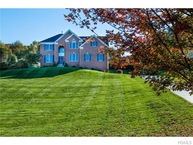 71 Thistle Ln, Hopewell Junction, NY