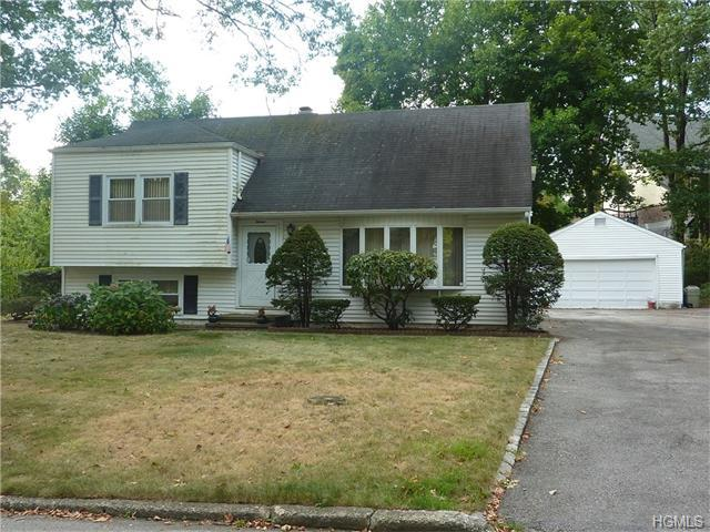 15 Somerset Dr, Yonkers, NY