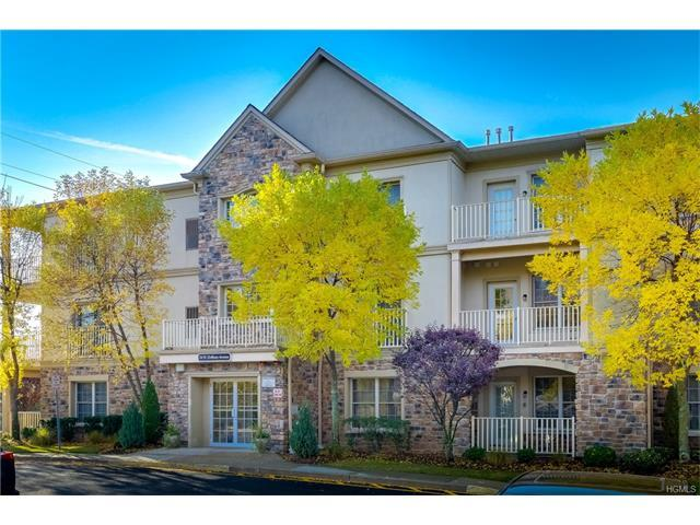 24 N De Baun Ave #201, Suffern, NY 10901