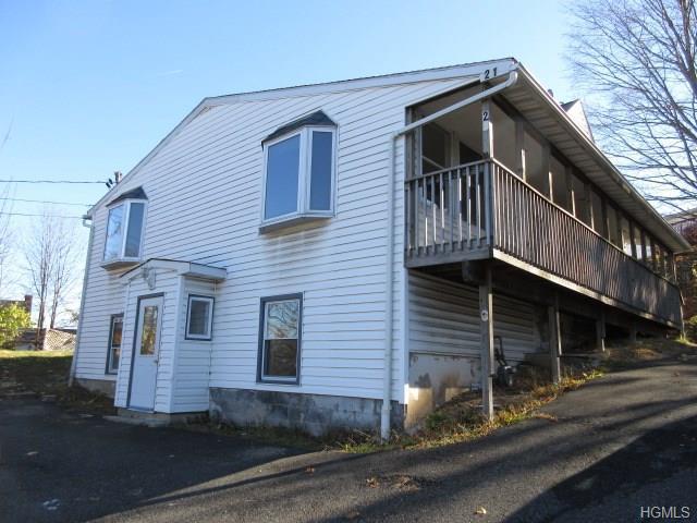 21 Ramapo Rd, Garnerville, NY 10923