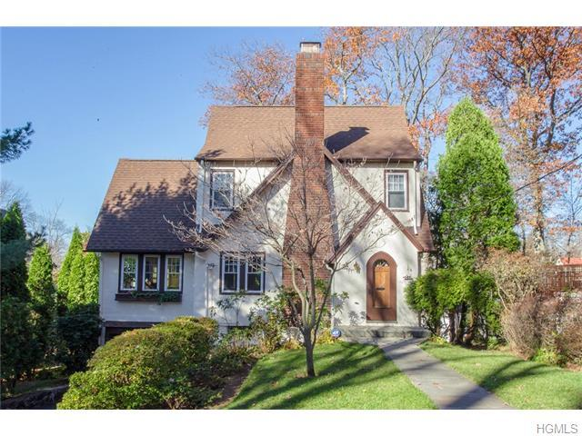77 Briarcliff Rd, Larchmont, NY 10538