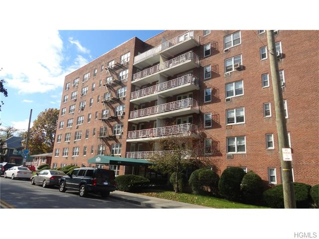 679 Warburton Ave #APT 2R, Yonkers, NY