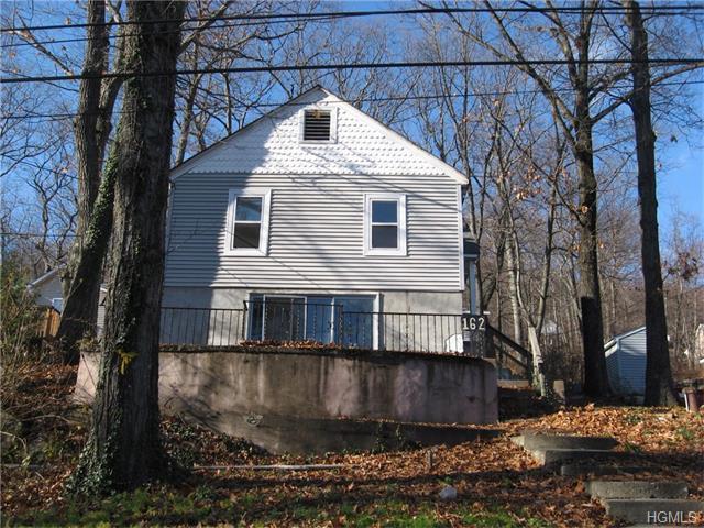 162 Brook Trl, Greenwood Lake, NY 10925