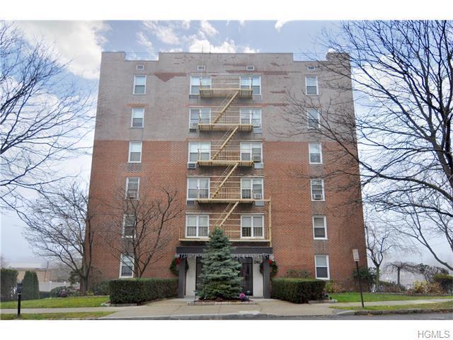 1 Oakridge Pl #1H, Eastchester, NY 10709