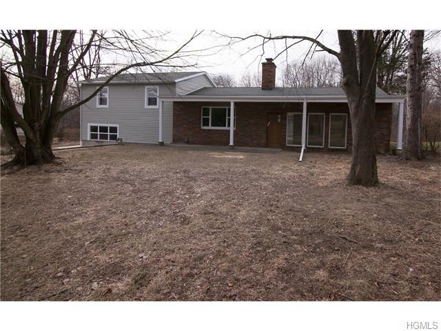 110 Cotter Rd, Highland, NY 12528