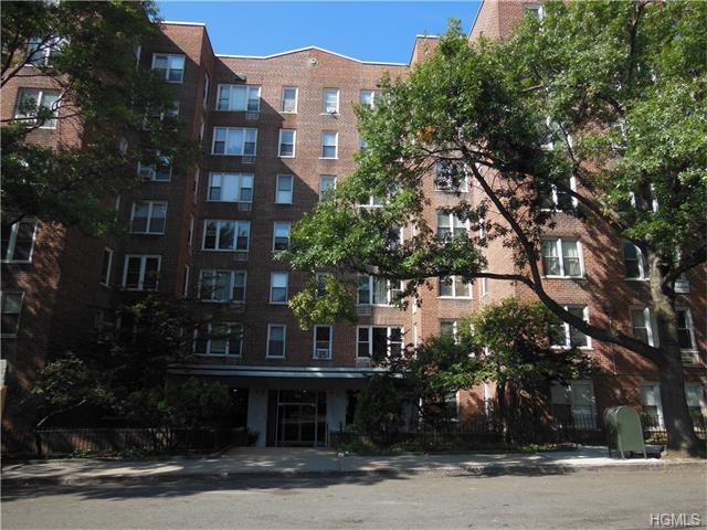 2385 Barker Ave #1N, Bronx, NY 10467