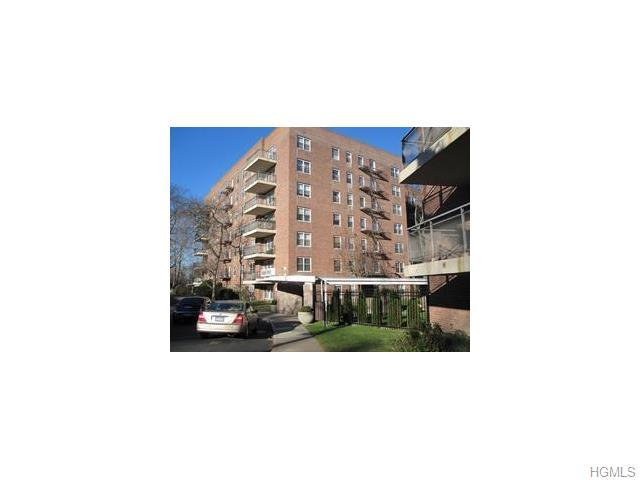 30 S Cole Ave #4C, Spring Valley, NY 10977