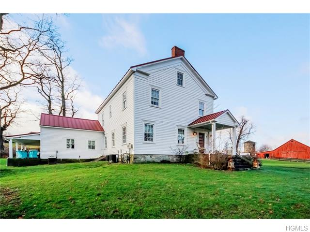 50 Monarch Dr, Hopewell Junction, NY