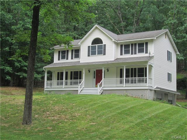 75 Odyssey Dr, Chester, NY 10918