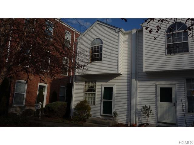 10 Village Ml, Haverstraw, NY 10927