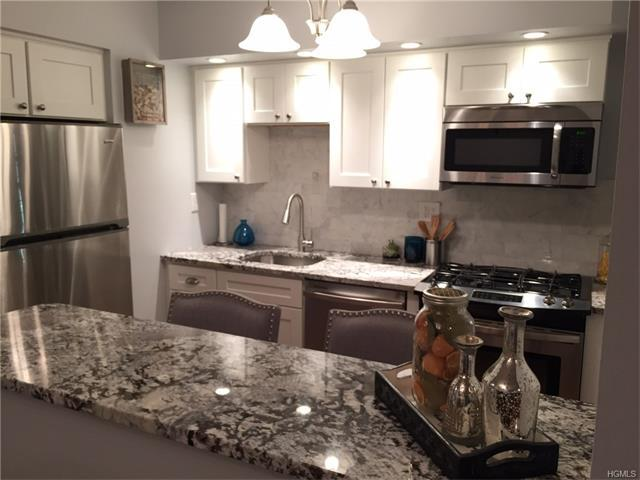682 Tuckahoe Rd #2F, Yonkers, NY 10710