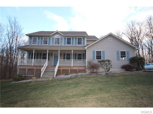 39 Castle High Rd, Middletown, NY