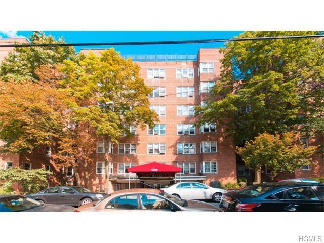 4380 Vireo Ave #APT 2T, Bronx NY 10470