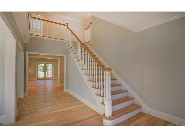 49 Graham Road, Scarsdale, NY 10583