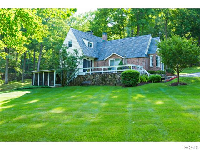 397 Gardner Hollow Rd, Poughquag, NY
