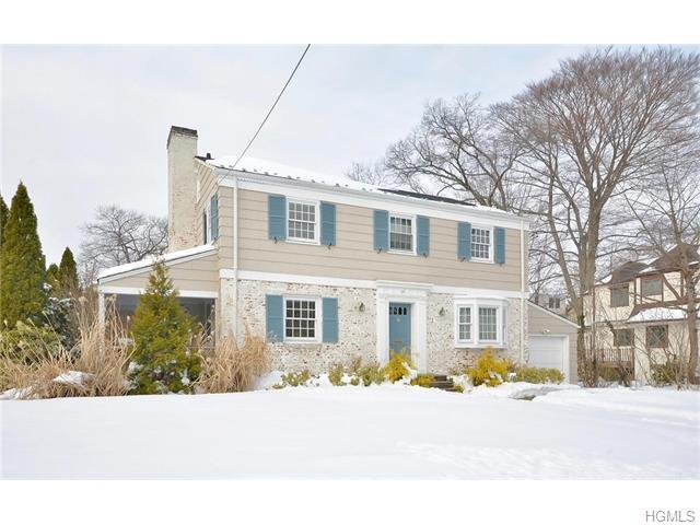 46 Maple Hill Dr, Larchmont NY 10538