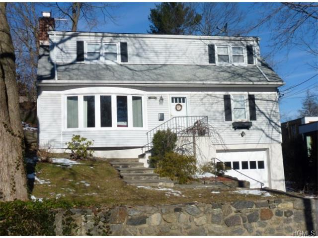 103 Colonial Ave, Larchmont NY 10538