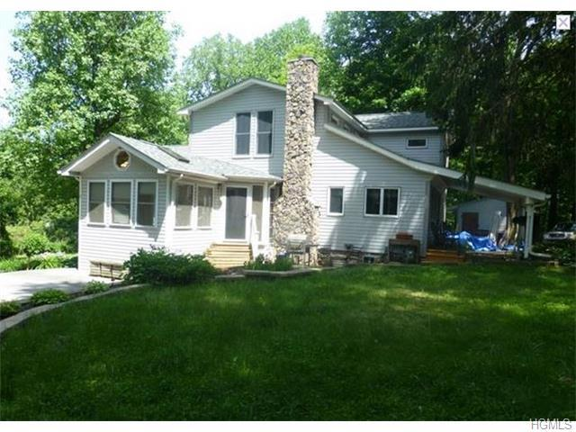 19 Farview Ter, Suffern NY 10901