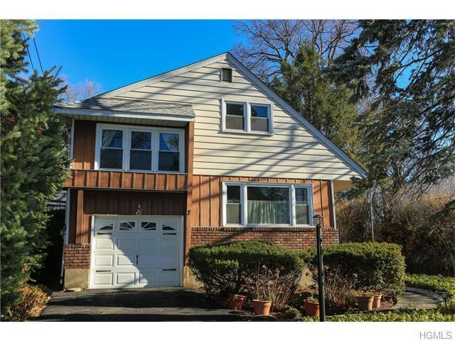 7 Manor Pl, Larchmont NY 10538