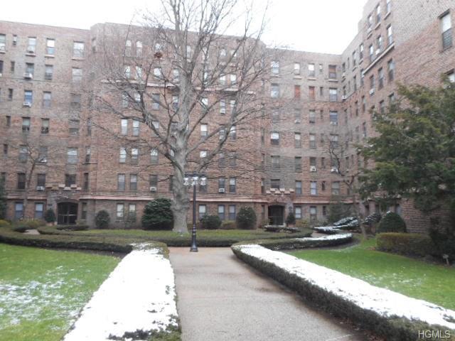 531 E Lincoln Ave #APT 3a, Mount Vernon NY 10552